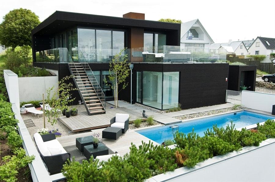Modern villa in London