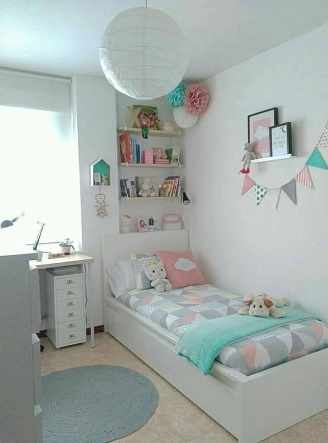 Small room decor for girls