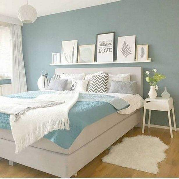 Coloring bedroom with unique design