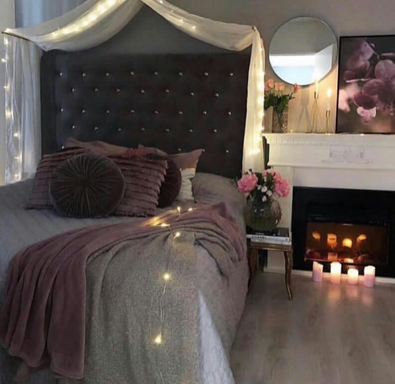 Bedroom design plan with candles in the room