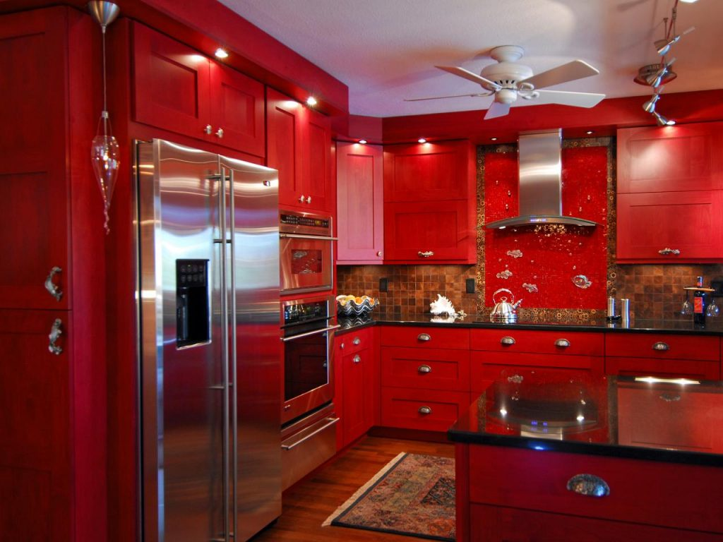Kitchen with lots of red color