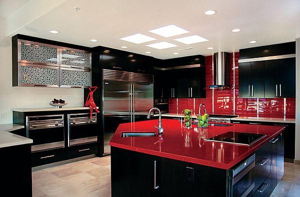 Shining red kitchen