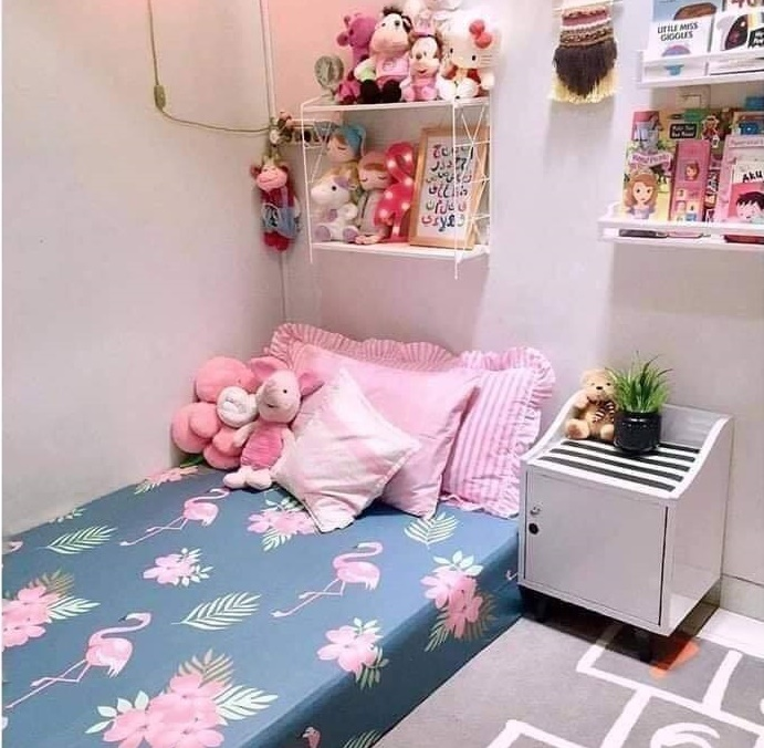 Small girl bedroom design