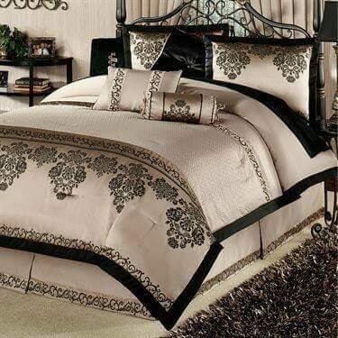 Comfort pink bedroom design