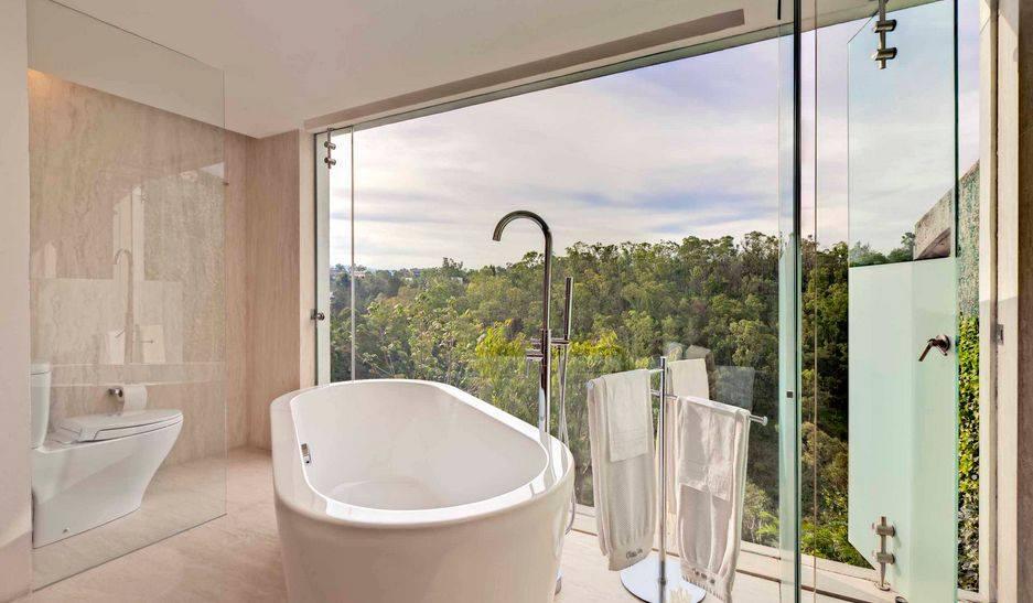 Modern bathroom in the upstairs