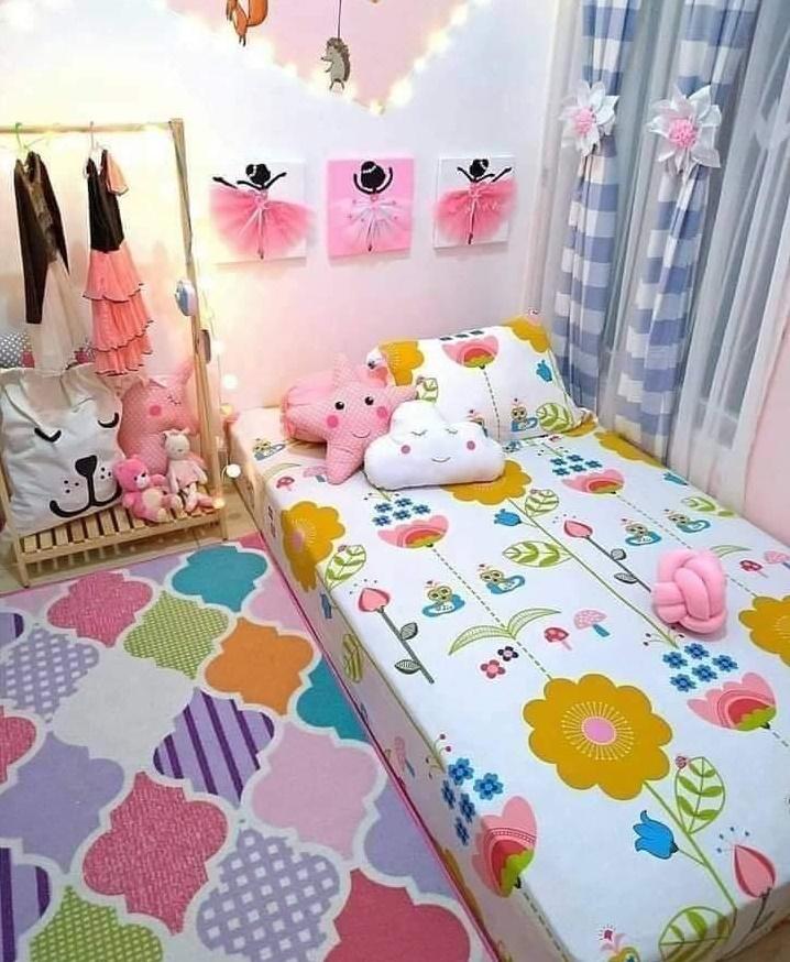 Small girl bedroom design idea