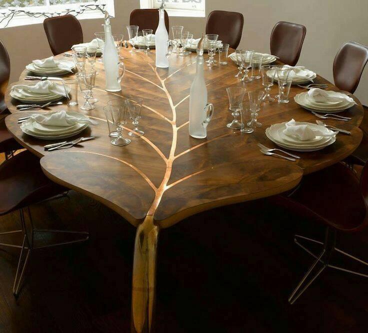 Leaf shaped table