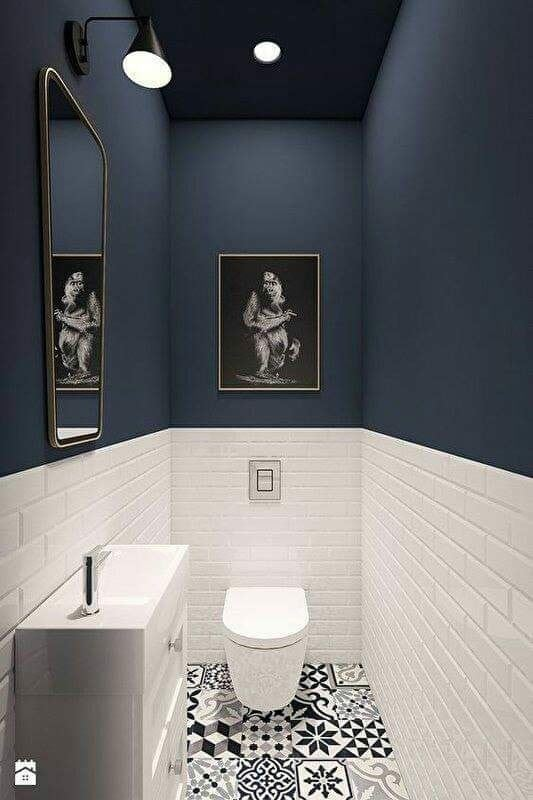 modern small black and white bathroom