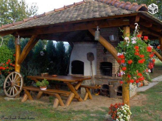 Outdoor sitting area idea