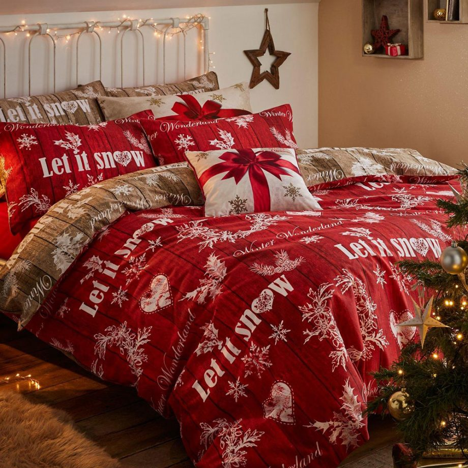 Best traditional Christmas bedding sheet
