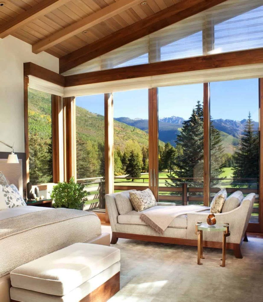 Master Bedroom with Amazing View  - Source: Suman Arthitects