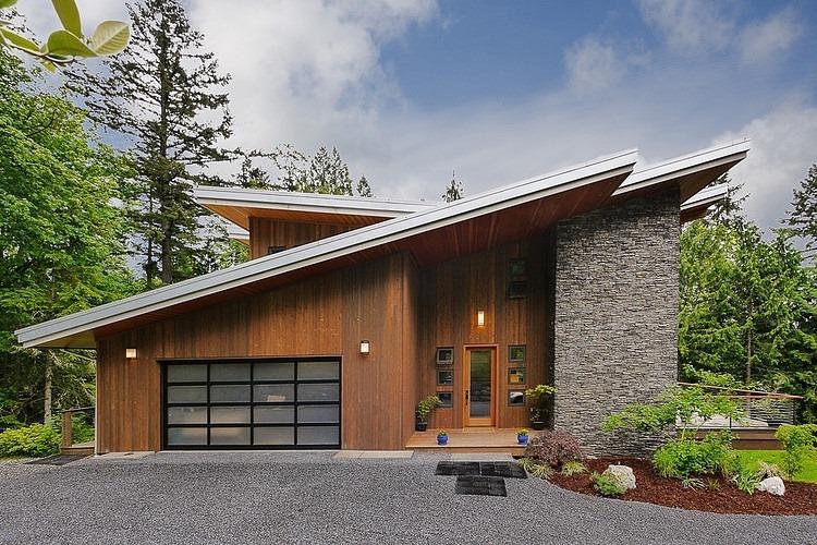 Classic Roof Design  - Source: Steve Moe Design