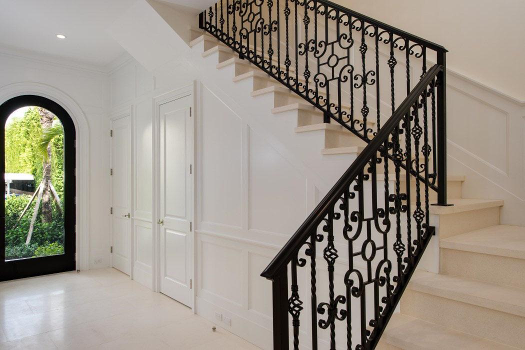Beautiful Handrails - Source: SKA Architect