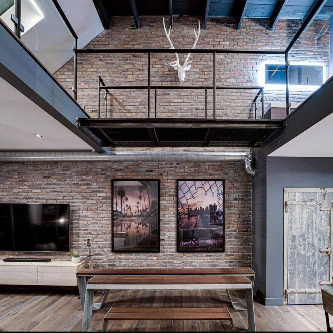 Alluring Interior Set Up - Source: damonsnider