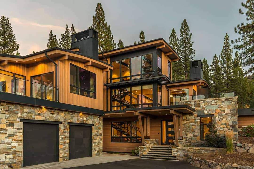 Enticing Modern Luxury Home Design - Source: KELLY & STONE ARCHITECTS